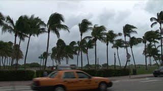 USA: la Floride se prépare pour l'arrivée de l'ouragan Matthew