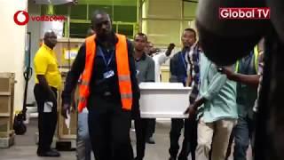 VIDEO: Mwili wa PATRIC  Ukiingizwa Kwenye Gari Airport