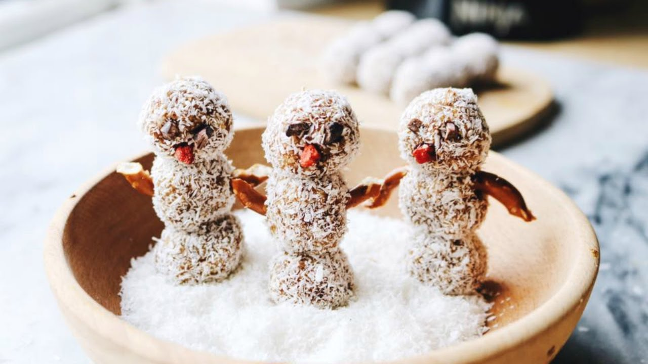Vanilla Almond Snowmen ☃️❄️✨ Easy Holiday Recipe