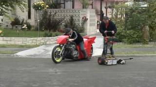 Video Drag bike on the the streets download MP3, 3GP, MP4, WEBM, AVI, FLV November 2017