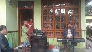 Download Titipan Rindu Buat Ayah - Ebiet G Ade