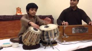 Amazing kid playing tabla salek1985