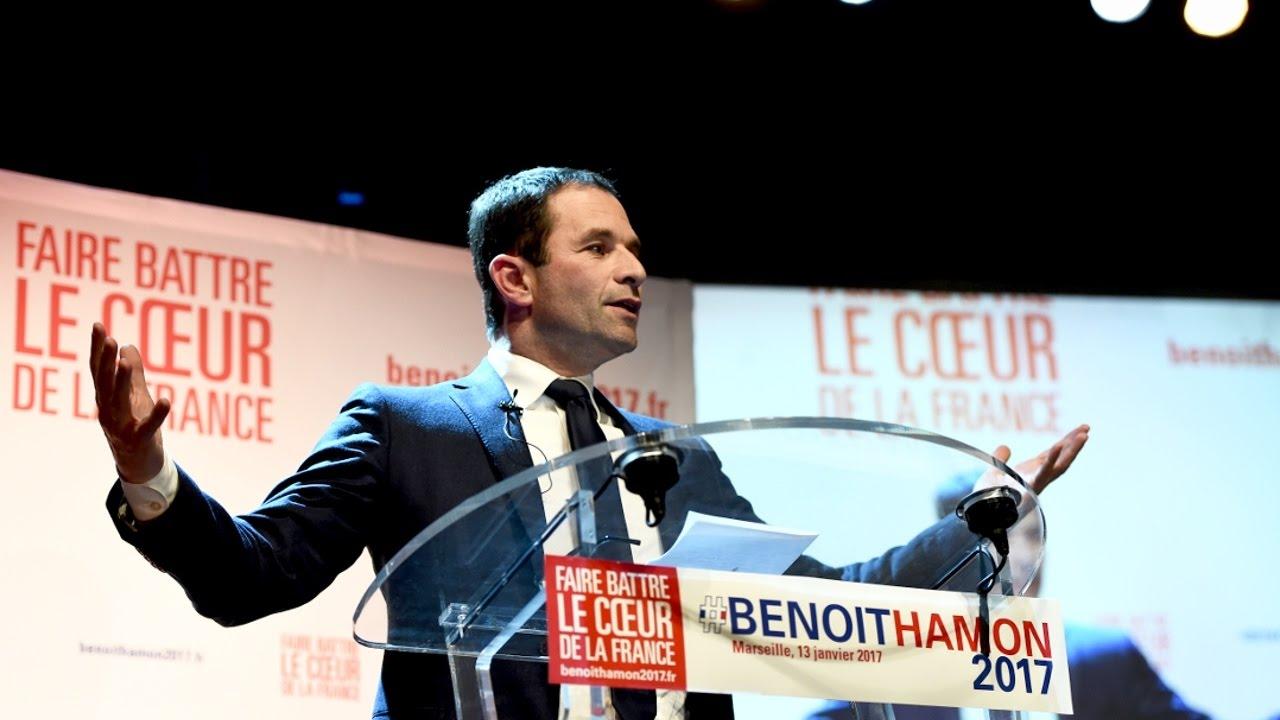 Экс-министр образования Франции лидирует в праймериз социалистов (новости)