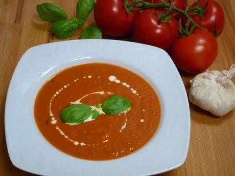 Mediterrane Tomaten-Cremesuppe