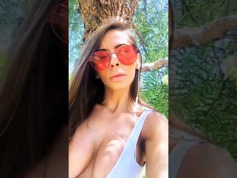 Madison Ivy loves raw papers (the only thing she smokes)