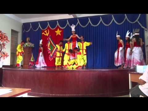 Múa Bản Hùng Ca Chim Lạc Lớp 9g Trường THCS Văn Lương