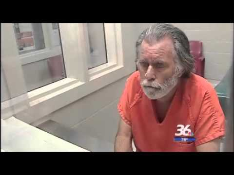 Uninsured Man Robs Bank For $1 To Be Able To Get Healthcare In Prison