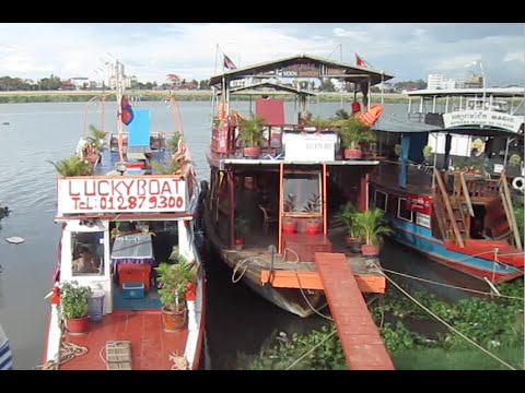 Lucky boat tour party and sunset in Phnom Penh city