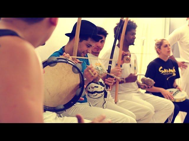 the cricket - Mandingueiro: Η μαγεία της capoeira