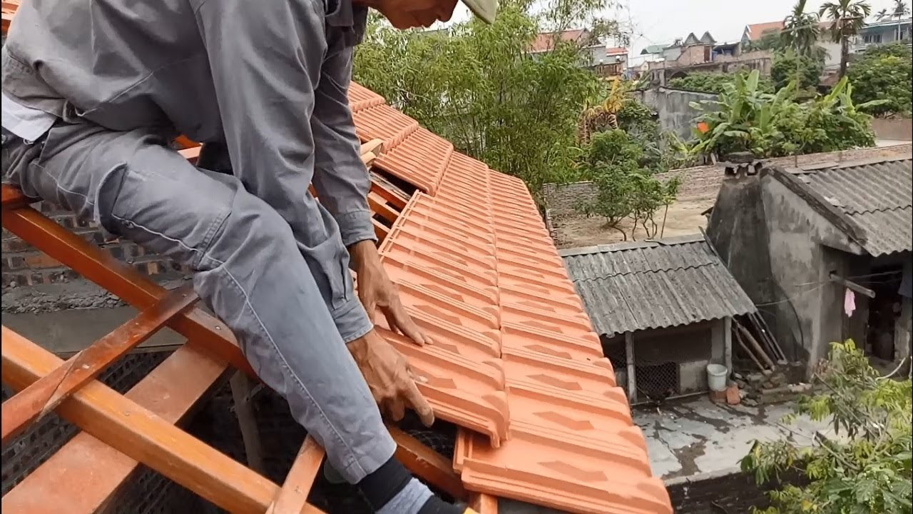 Amazing Construction Installation Terracotta Roof Tiles On A Fixed