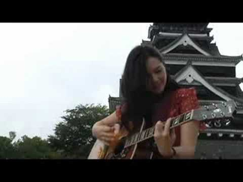 Marie Digby / Umbrella (at Kumamoto Castle_Japan)