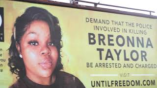 Oprah Explains Why O Magazine Placed 26 Breonna Taylor Billboards in Louisville