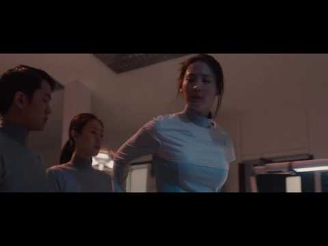 Avengers Age Of Ultron escena creación del cuerpo de Ultron [Español Latino HD]