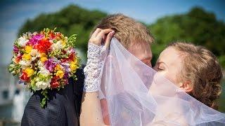 Свадебное видео Жени и Вики | Zhenya+Vika Wedding Highlights | stepashin.com(Свадебное видео для очень трогательной пары Женя и Вика. Их свадьба была одной из самых запоминающихся...., 2015-03-10T10:57:14.000Z)