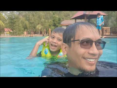Holiday Time - Tanjung Sepang Beach Resort (Kota Tinggi)