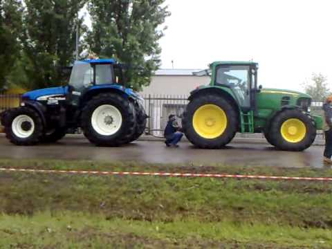 new-holland-vs-john-deere