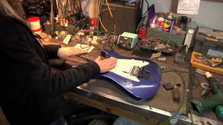 How to Set the Guitar Action With a Floyd Rose
