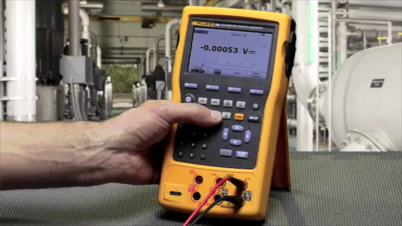 Fluke 754-KIT5 Documenting Process Calibrator Kit, Includes FREE Products  with Purchase