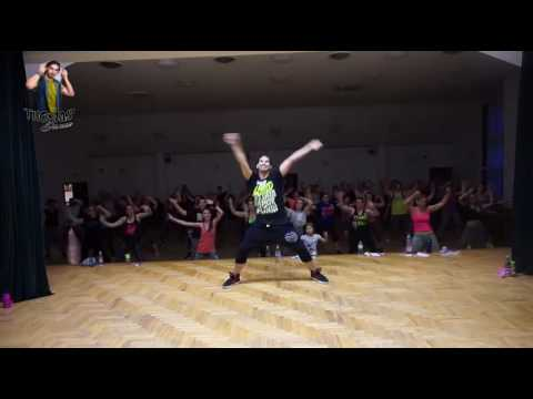 Sean Paul - No Lie ZUMBA® Fitness Official Choreography with Thomas