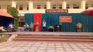 Nguyễn Hà Kiểm đệm Guitar - Ngày khai giảng THPT UHB