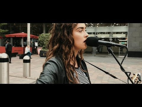 AMAZING!! 18yr old busker noticed by David Bowies record producer!!!! // STREET SESSIONS