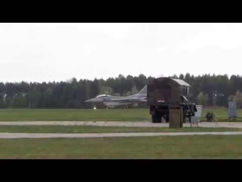 Samoloty F16 Piknik Lotniczy Łask 2015-09-26