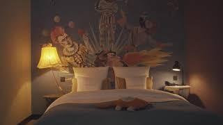 07 Gigantic Room