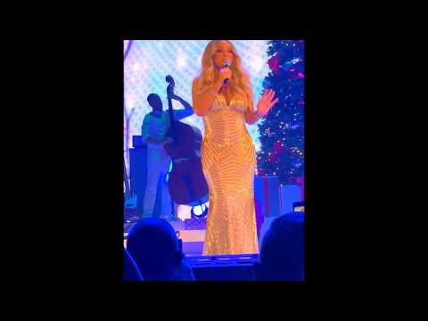 Mariah Carey live - Hark The Herald Angels Sing & Charlie Brown Christmas @ Manchester