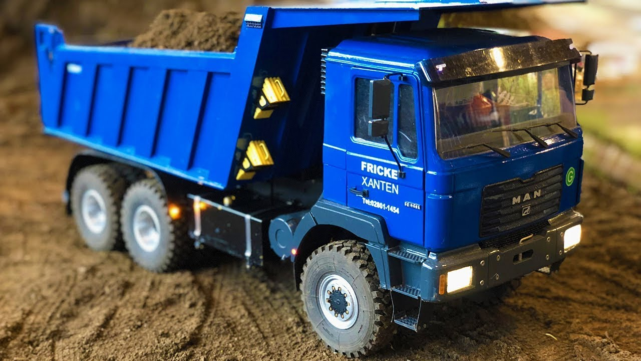 RC Dump Trucks in Action - Amazing RC show! Bruder, Tamiya and more!