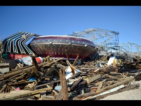 Exploring the Seaside Heights Pier Wreckage from Hurricane Sandy - NJ