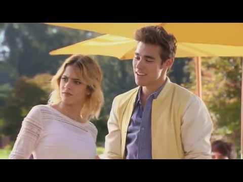 Violetta 3 - Leon le canta a Vilu