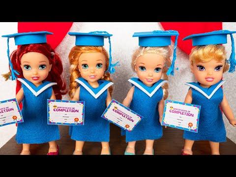 School Graduation Elsa Anna last day at school Barbie is teacher 🎓