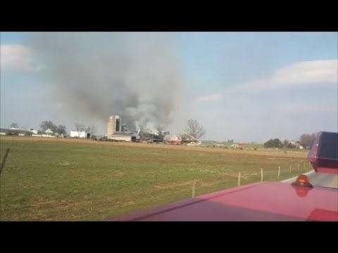 Rescue 50 Ride Along to 2A Strasburg Barn Fire and Helmet Cam (Screaming Q and Horn!)