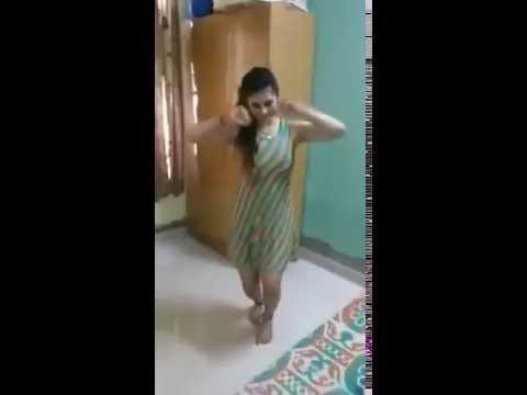 Desi Girl Dancing on Rajasthani Song Going Viral...