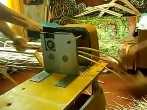 Материал каркаса: ивовая лоза. Принцип качания: полозья. Форма поставки: в собранном виде. Особенности: ручная работа. Гарантия: 1 год.