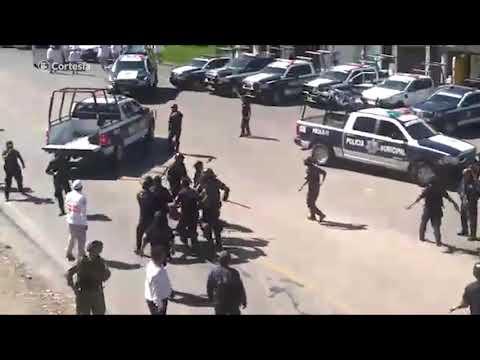 Reprimen manifestación de indígenas que se oponen a construcción de cuartel de la Guardia Nacional