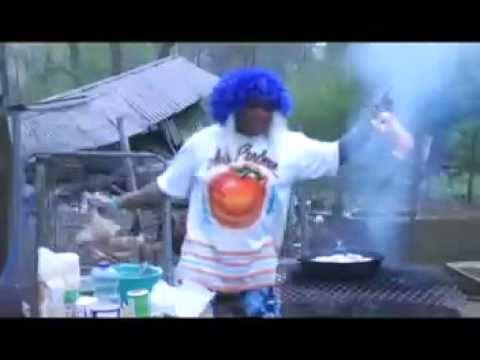 Ms. Peachez - Fry That Chicken!!! finger lickin!