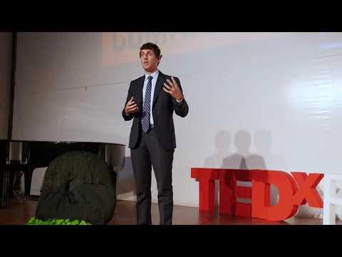 La Blockchain funziona perché non funzionano gli esseri umani   Gian Luca Comandini   TEDxFrascati