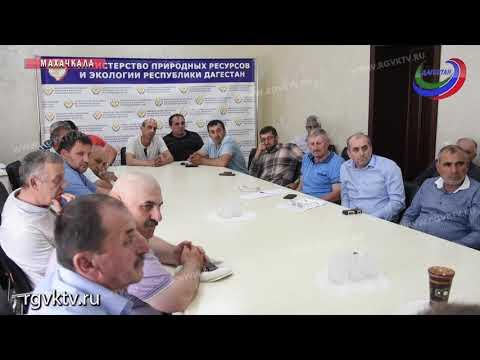 В Махачкале обсудили проблему налоговых выплат предприятий рыбной отрасли