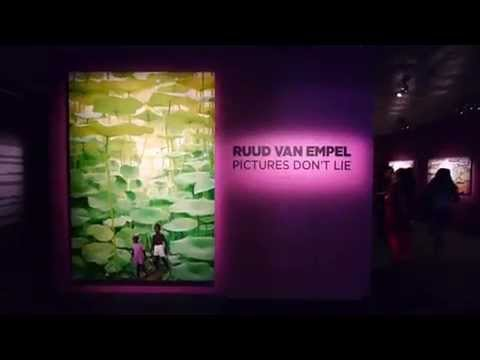 Ruud van Empel - Pictures don't lie - Fotografiska, Stockholm