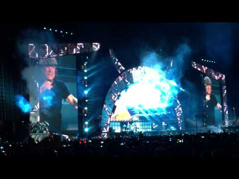 AC/DC Dresden 10.05.2015 For Those About...