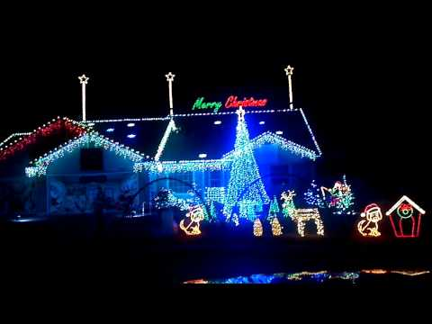 More christmas lights to music in Boise, Idaho