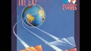 Watch Thompson Twins The Gap video