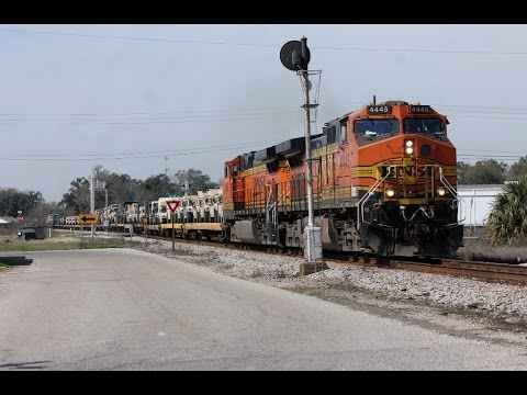 (HD) Trains at Gulfport Mississippi
