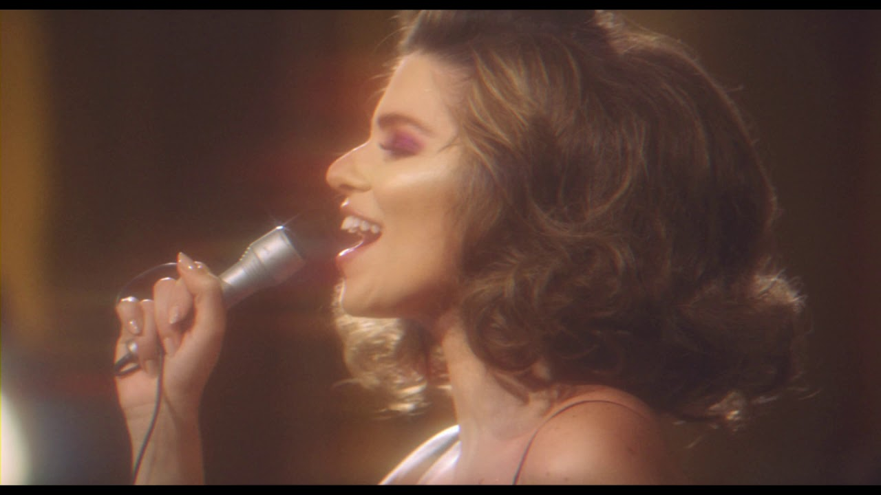 Lara Scandar - El Tabour | لارا إسكندر - الطابور