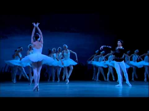 Love Duet, Swan Lake (Act II) - [Mariinsky - Lopatkina & Korsuntsev - Gergiev]