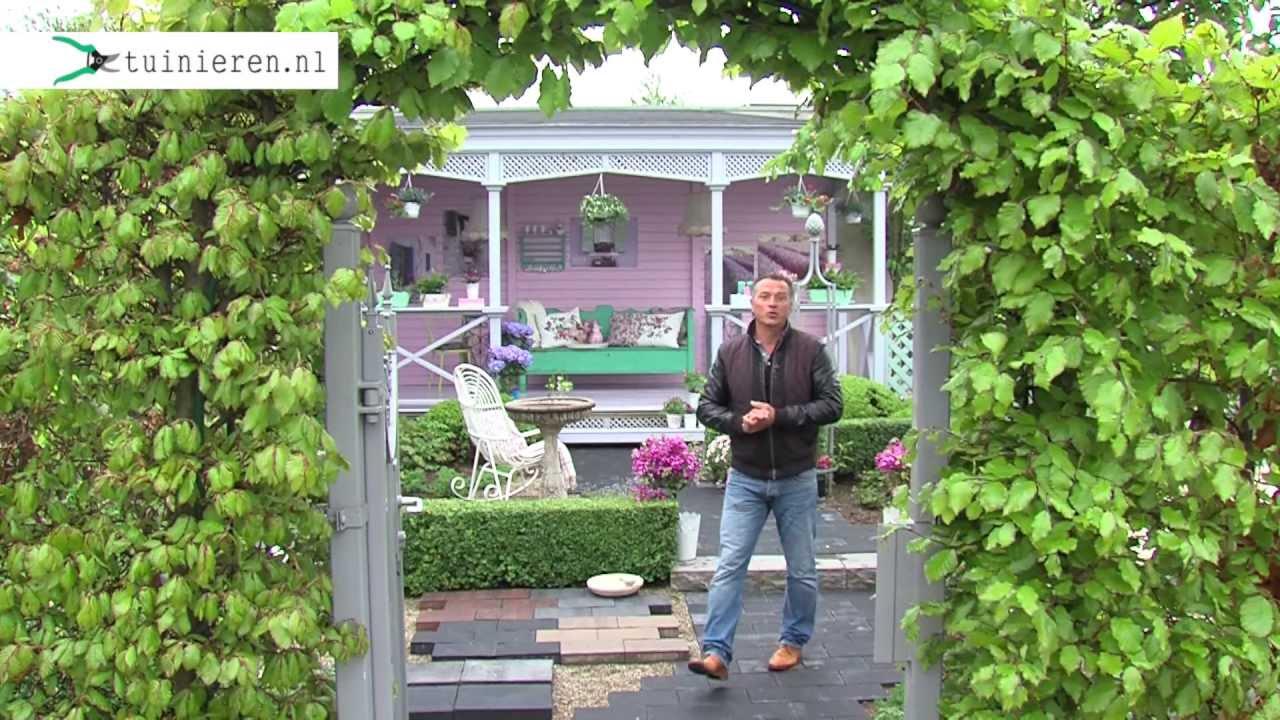 Engelse cottagetuin aanleggen tuinieren.nl youtube