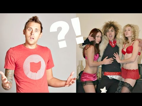 Thumbnail: 10 Things You Didn't Know About Roman Atwood