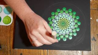 How to paint dot mandalas with Kristin Uhrig #7-Spring Green