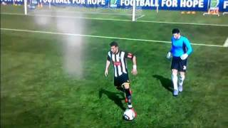 FIFA 11 Neymar nutmegs the goalkeeper
